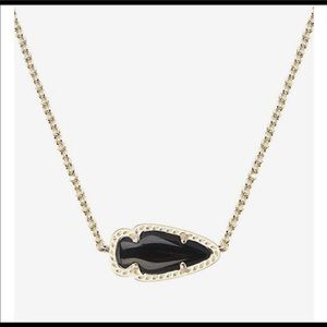 Kendra Scott Skylie Black Arrow Small Pendant Gold
